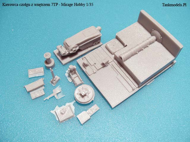 Mirage Hobby - Czołgista 7TP - 1/35