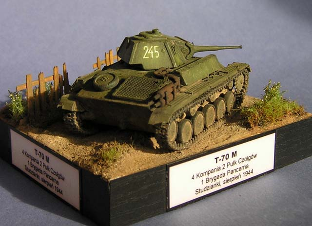 T-70M - UniModels 1/72 (306)